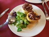 Patata rellena de rabo de toro
