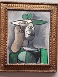 Mujer con sombrero verde. Picasso
