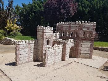 Puerta de Cantalapiedra (Madrigal de las Altas Torres)